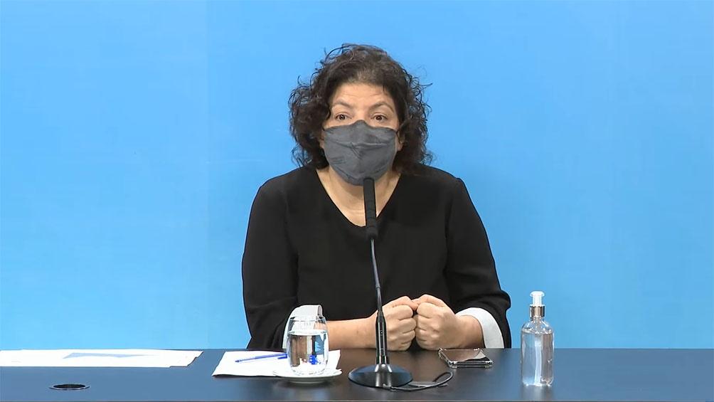 La ministra de Salud apuntó que los casos descienden durante su conferencia semanal.