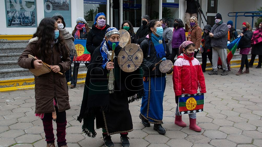 """El grupo mapuche universitario """"Kizu Iñciñ"""" organizó la actividad."""