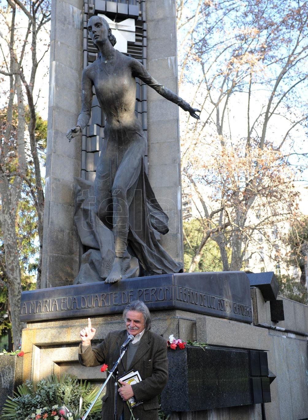 En un homenaje a Evita, en la Biblioteca Nacional.