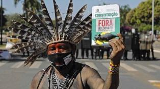 La policía militar reprimió una protesta pacífica de indígenas en Brasilia