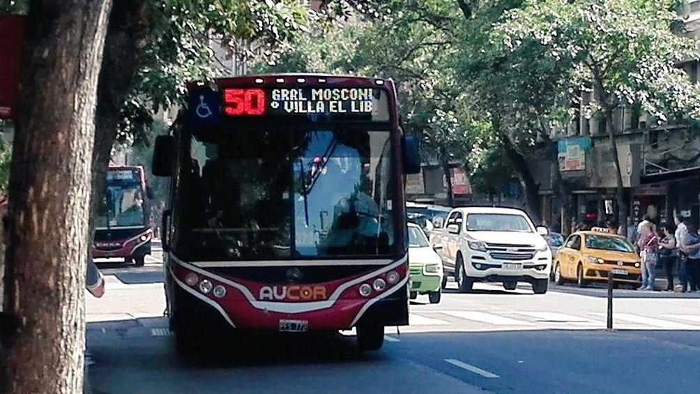 Está paralizado el transporte urbano de pasajeros de Córdoba capital