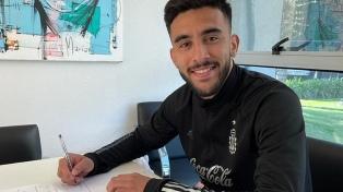 Nicolás González fue presentado como nuevo jugador de Fiorentina