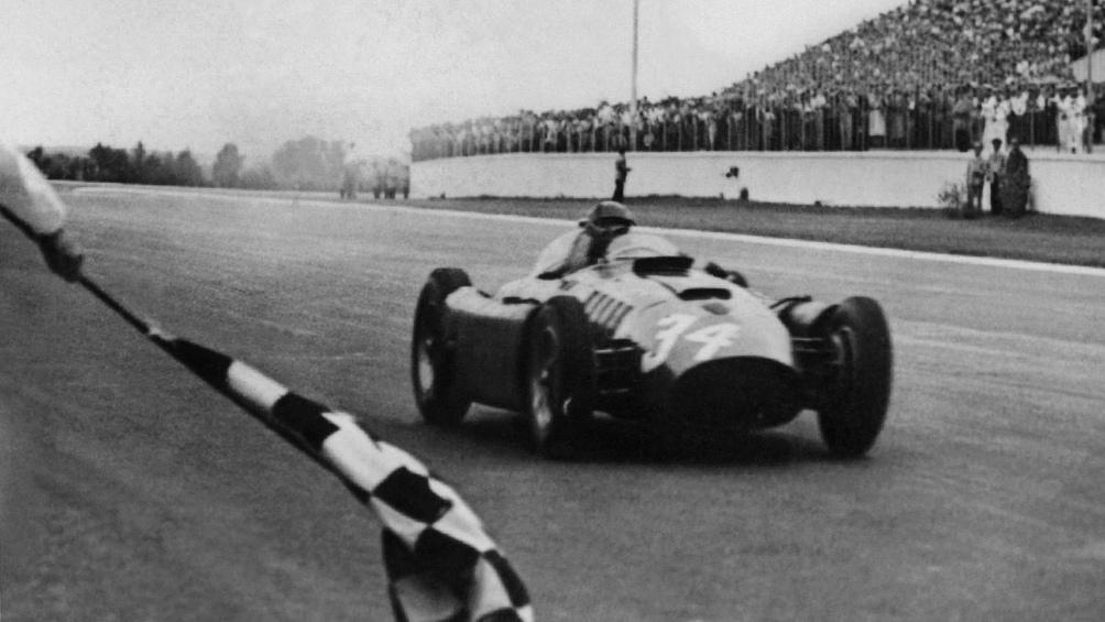 En Argentina, triunfó con tres marcas distintas: con tres marcas distintas: Maserati, Ferrari y Mercedes.