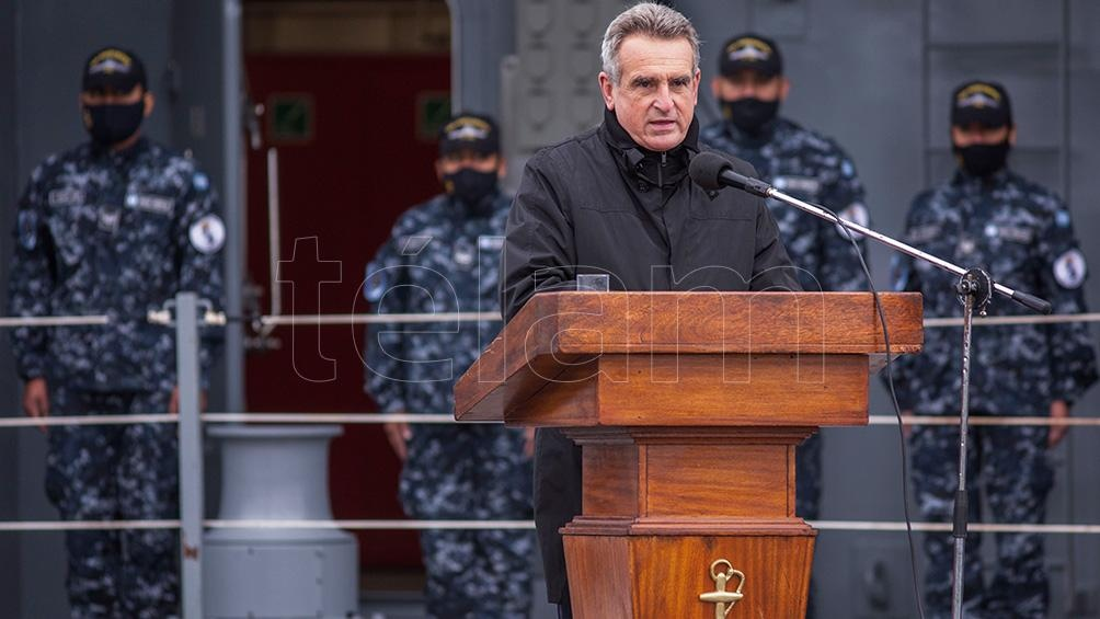 """""""El Piedrabuena ha sido construido desde cero para la Armada Argentina"""", expresó Rossi."""
