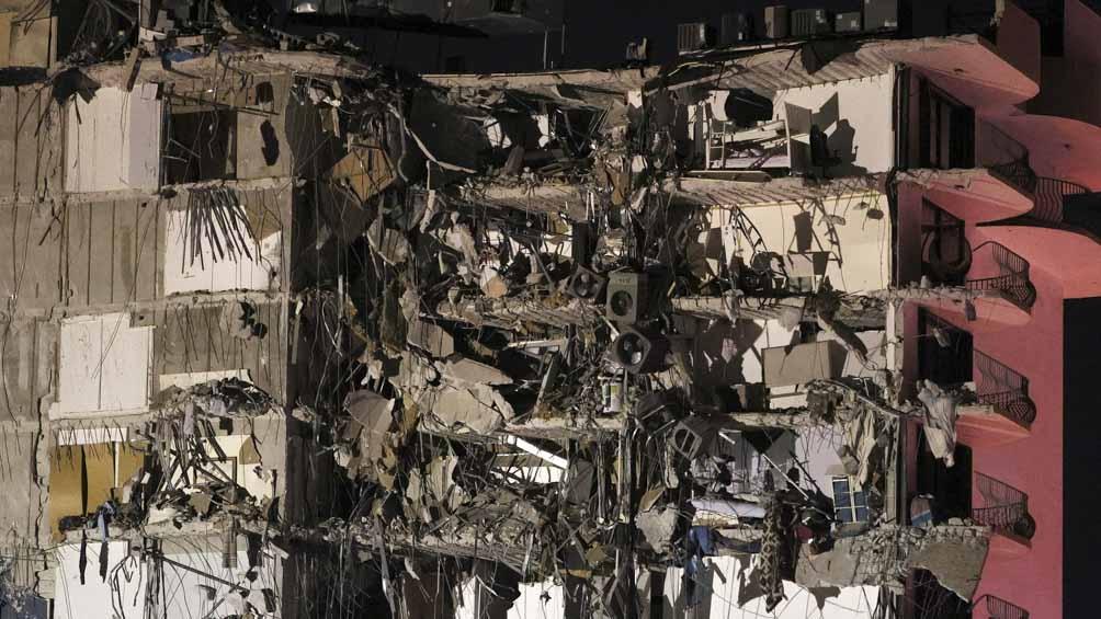 La Cancillería argentina indicó que se sigue buscando a 9 argentinos que estaban alojados en ese edificio.