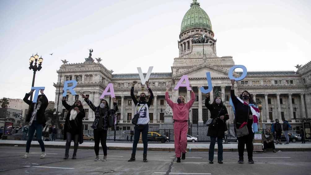En las calles y en las redes sociales se celebró el cupo laboral travesti trans.