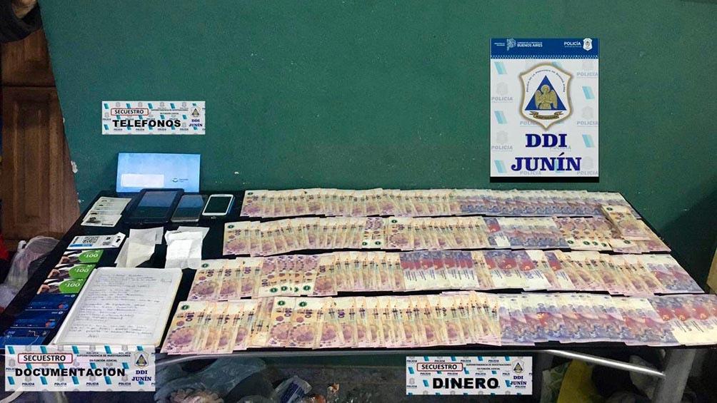 Se secuestraron más de 2.500.000 pesos producto de las maniobras criminales.