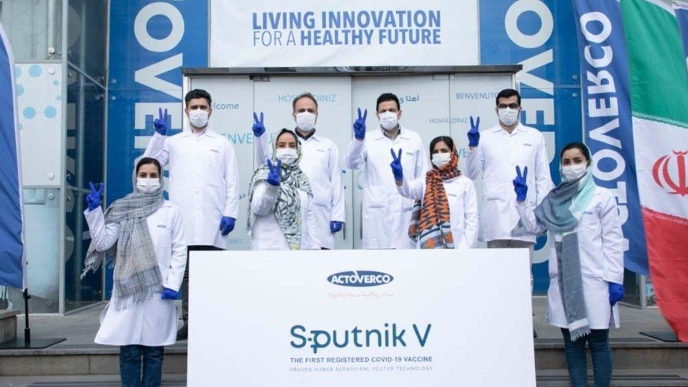 Irán se convirtió en el primer país de Medio Oriente en producir la vacuna rusa Sputnik V.