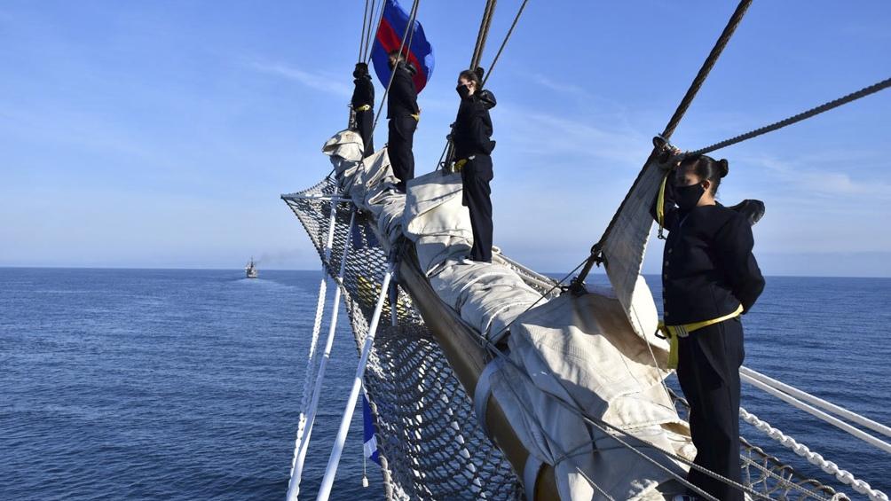 Después de Viedma, la Fragata pondrá rumbo Sur para dirigirse al Golfo Nuevo, precisamente a las costas de la ciudad de Puerto Madryn.