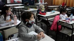 """Trotta: """"Ya hay 75% de clases presenciales y más de un millón de docentes vacunados"""""""