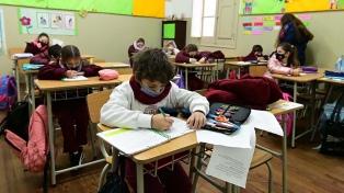 Las provincias preparan el retorno a clases presenciales tras el receso invernal