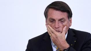 """Bolsonaro convocó a la población """"de bien"""" a armarse, en plena pelea con la justicia electoral"""