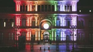 La Casa Rosada, con los colores de la comunidad LGBTI+