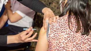 Más de 5 mil voluntarios se anotaron para el ensayo que evaluará la combinación de vacunas