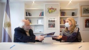 La Biblioteca Nacional y Télam firmaron un convenio para potenciar sus materiales documentales