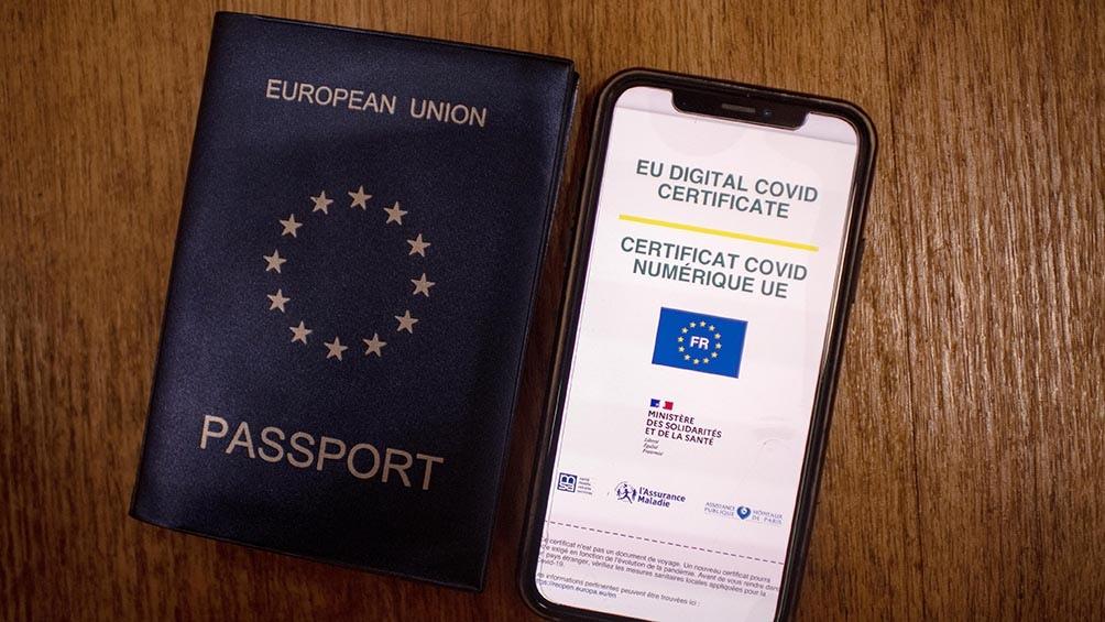El certificado sanitario adoptado por los países de la Unión Europa (UE) entró en vigencia.