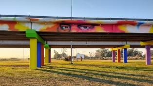 """Pintaron el mural bonaerense más grande en homenaje a los """"héroes"""" de la pandemia"""