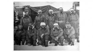 Se editó un libro sobre la primera expedición terrestre de Argentina al Polo Sur