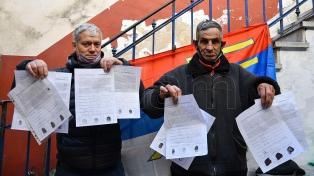 Uruguay marcha a una consulta sobre una ley clave para el Gobierno