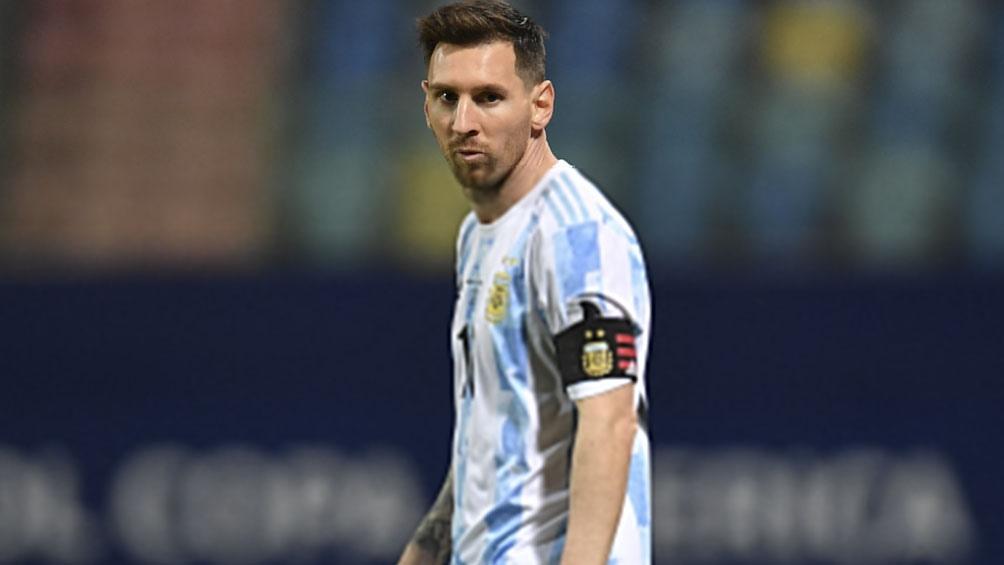 Messi, a una presencia de igualar la marca de una gloria chilena