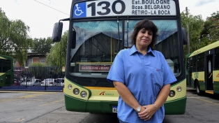 """Con el impulso de las pocas """"choferas"""" del país, surgen políticas inclusivas en el transporte"""