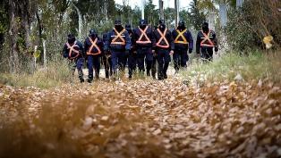 Los rastrillajes por Guadalupe Lucero continúan en el dique Potrero de los Funes