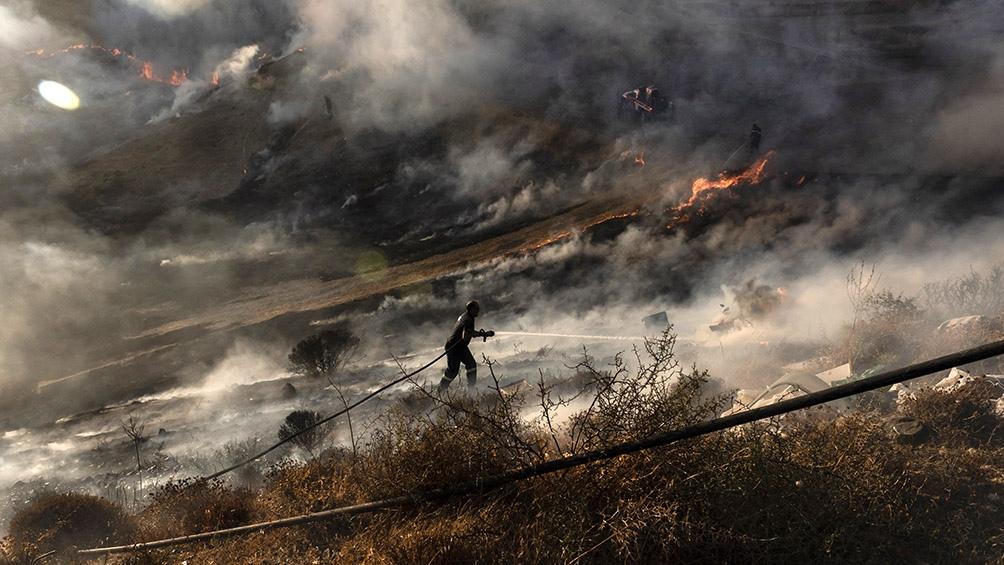 """El presidente chipriota, Nikos Anastasiades, afirmó que fue el incendio """"más vasto desde 1974""""."""