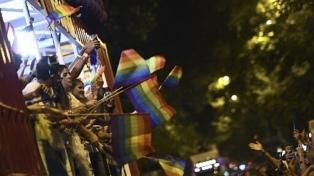 Un brutal crimen homofóbico conmociona a España