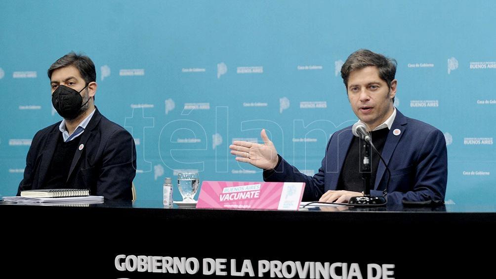 El gobernador Axel Kicillof anunció la vacunación libre para los bonaerenses mayores de 45 años.