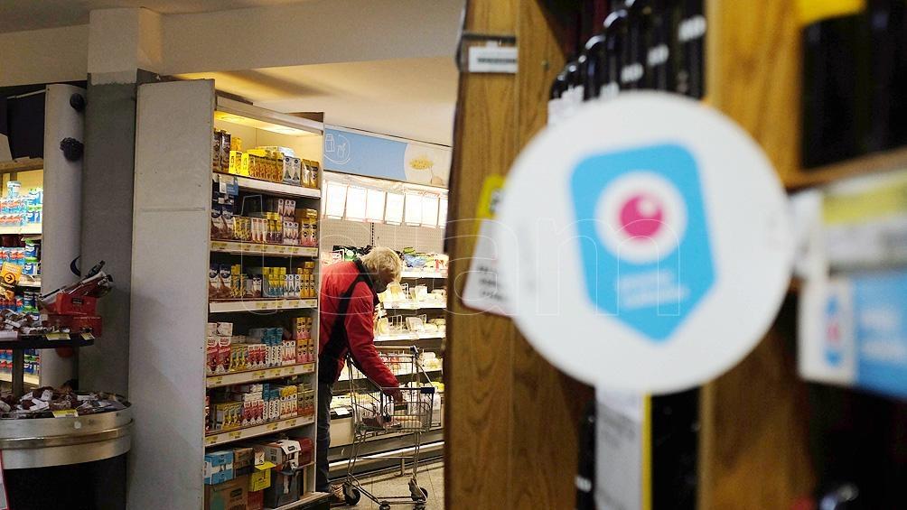 El acuerdo con las principales empresas de consumo masivo y cadenas de supermercados para mantener los precios estables de 1.247 productos es por 90 días.