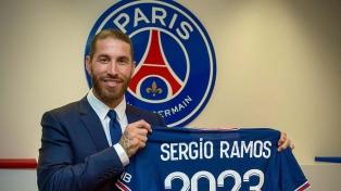 El español Sergio Ramos ya es jugador del PSG francés