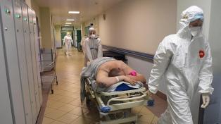 Tercer día con más de 700 muertos en Rusia, golpeada por la variante Delta
