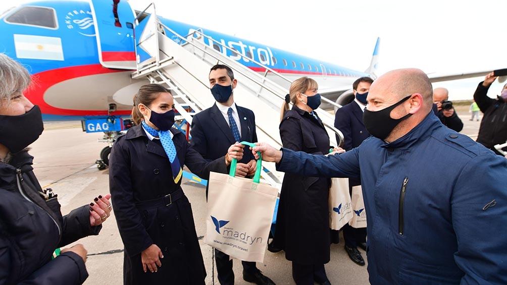 El primer vuelo a Puerto Madryn partió desde el Aeroparque Jorge Newbery