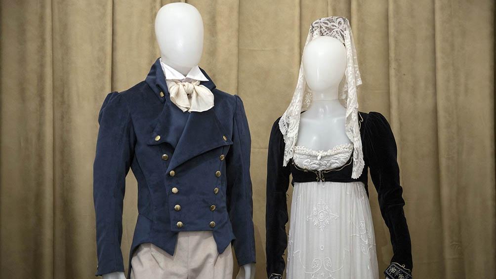 Levitas y vestidos traje imperio, de la colección del Museo del Traje.