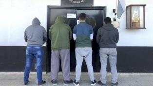 Detienen a cuatro policías de San Lorenzo por la muerte en custodia de un hombre arrestado