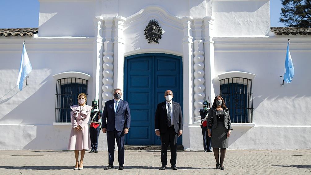 El presidente Alberto Fernández encabezaba este mediodía en la casa histórica de Tucumán el acto central.
