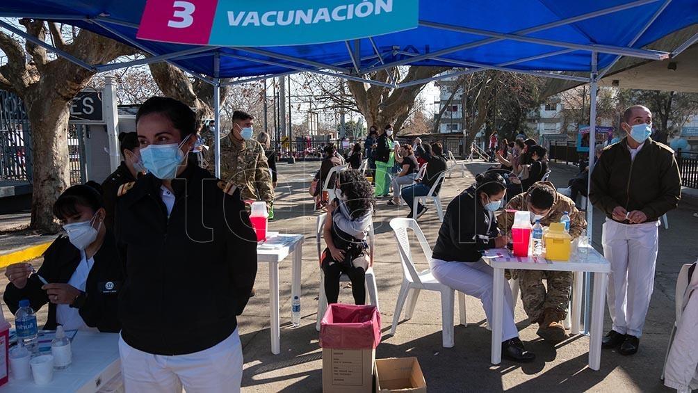 En una jornada histórica, la provincia de Buenos Aires alcanzó un nuevo récord al aplicar 178.759 dosis en un día.