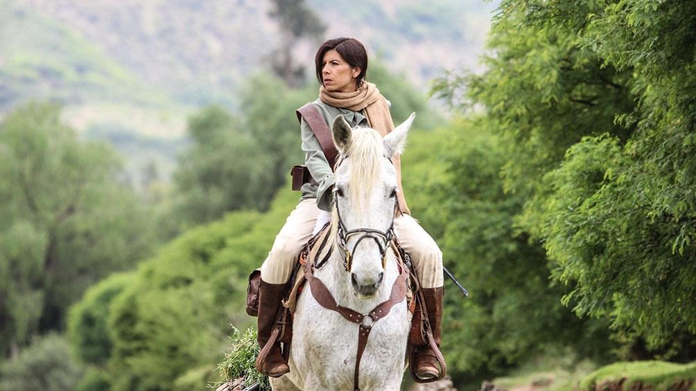 Juana Azurduy  nació en el paraje de Toroca, en la actual Bolivia, y combatió por la independencia americana y lo siguió haciendo tras la muerte de su marido, Manuel Padilla.