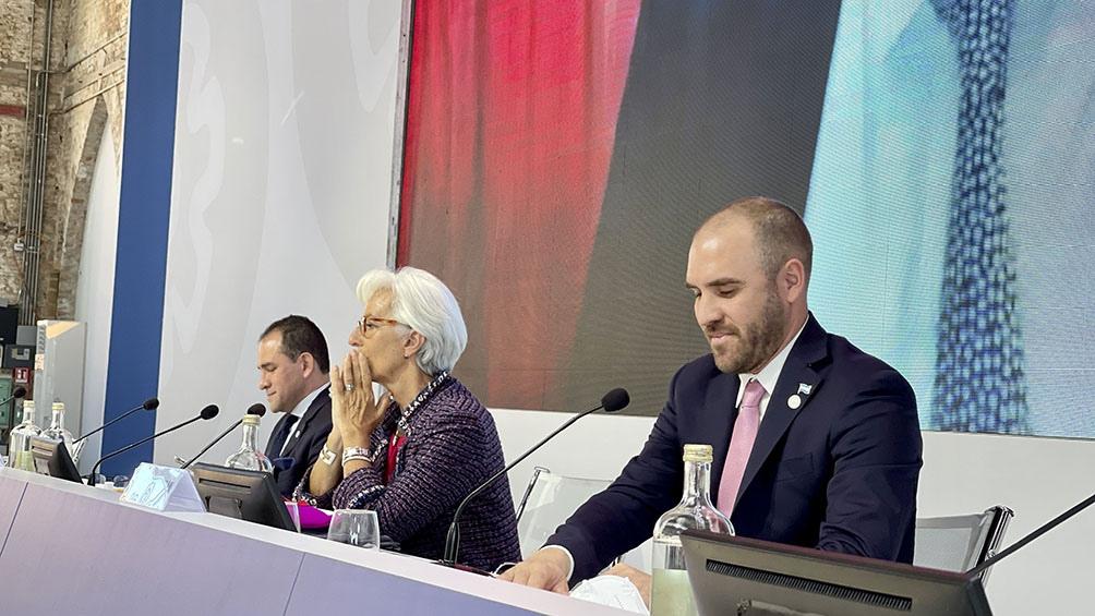 uzmán celebró  la iniciativa global de avanzar con una tributación internacional a las multinacionales.