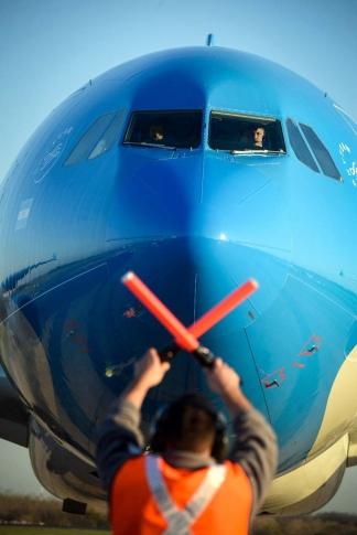 Un vuelo de Aerolíneas Argentinas partirá este sábado a Moscú.