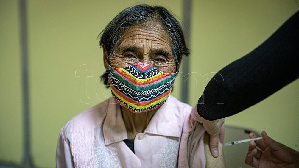 En Chubut fueron aplicadas 300.000 vacunas del primer componente y un 25% de ese total tiene las dos aplicaciones. Foto: Eugenia Neme