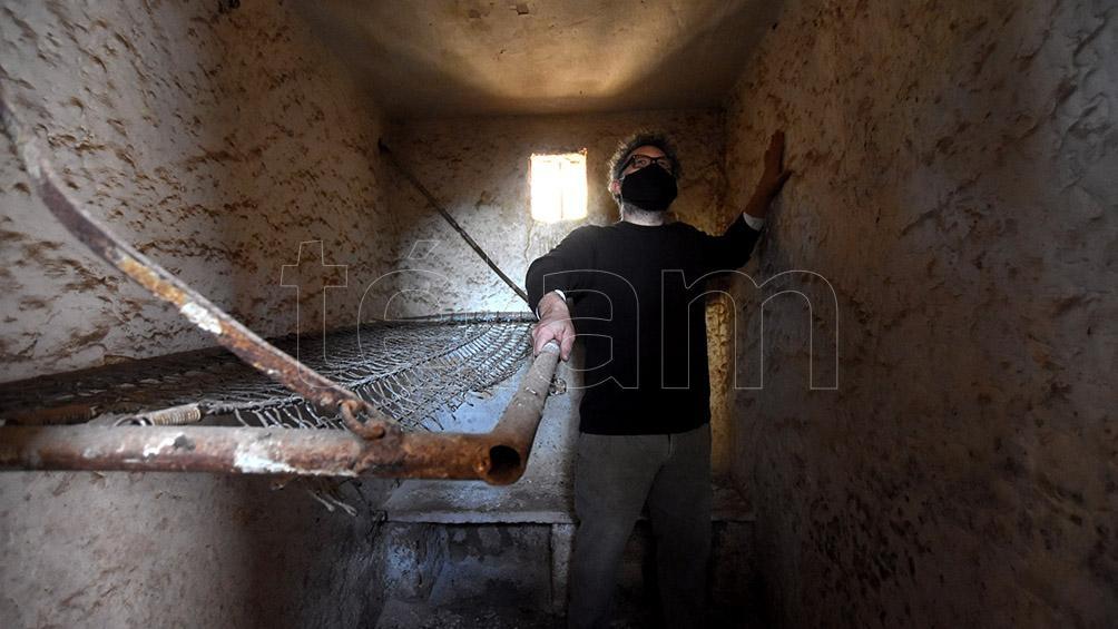 Las celdas de detención quedaron de la misma manera: frías, estrechas, sin sentido. Foto: Irma Montiel.