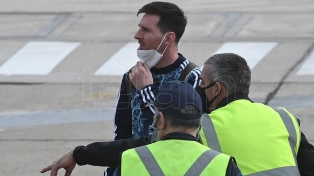 """Barcelona dio un """"manotazo de ahogado"""" para retener a Messi"""