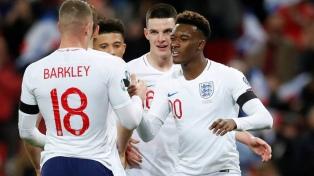 Escándalo en Reino Unido por insultos racistas a jugadores de Inglaterra