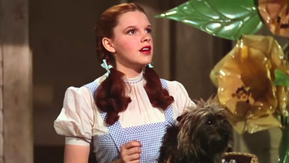 """Garland como Dorothy, en """"El mago de Oz""""."""