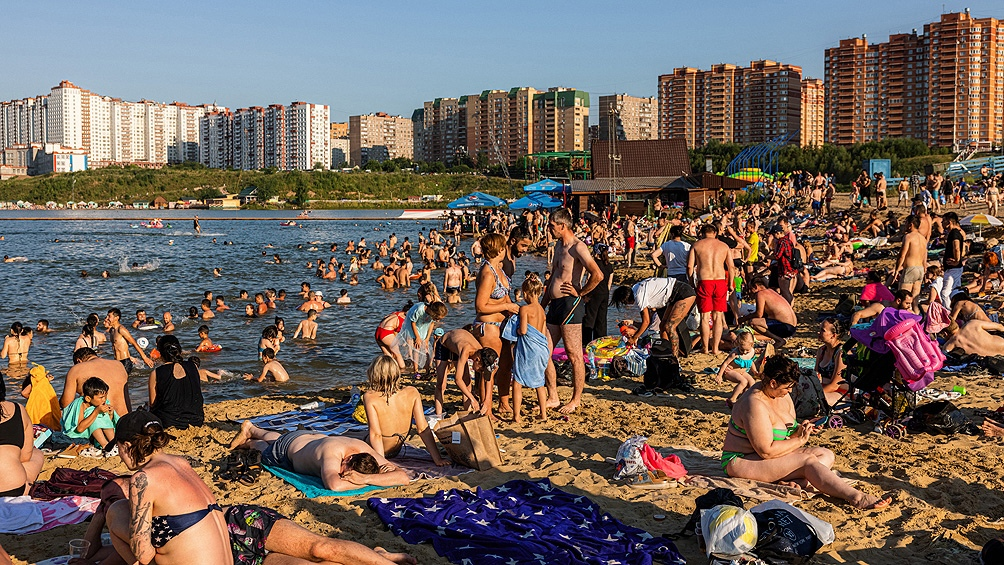 Vista de una playa en Rusia. Foto: AFP.