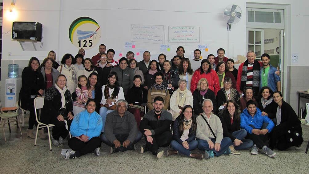 Un grupo de migrantes establecido en Colonia Belgrano, provincia de Santa Fe. El pueblo está a diez minutos de la Ruta 34, que va de Rosario a Salta.