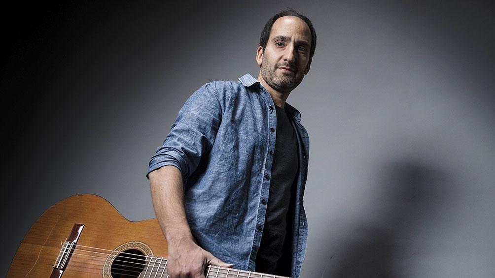 Diez canciones conforman el nuevo disco de Diego Kuropa.