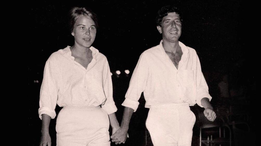 Marianne y Leonard se conocieron en los sesenta de la isla griega de Hidra y, de alguna manera, nunca se separaron.