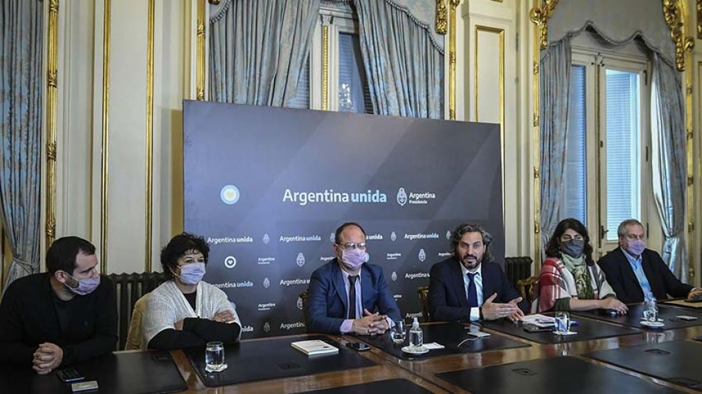 """El titular del Programa, Alberto Grimson, detalló los resultados y los lineamientos preliminares de las investigaciones, condensadas en el trabajo """"Ideas para el Futuro de la Argentina""""."""